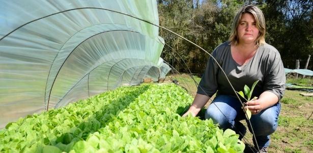 Simone Rovadoski ficou um ano sem plantar depois da morte do marido