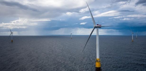 O Hywind tem cinco turbinas eólicas e fica a 25 km da costa da Escócia - Divulgação