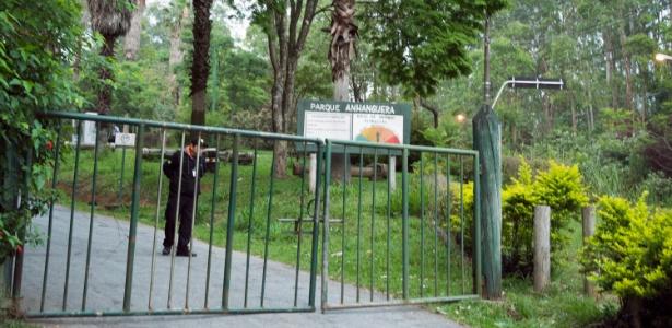Parque Municipal Anhanguera, em Perus, na zona norte de São Paulo, fechado desde outubro