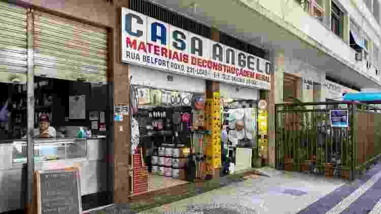 Loja de ferragens de Copacabana não teve clientes mesmo após quarentena do coronavírus  - Caio Blois/UOL