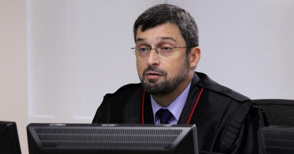 Procurador Maurício Gotardo Gerum, no julgamento do ex-presidente Lula na 8ª Turma do TRF4, em Porto Alegre