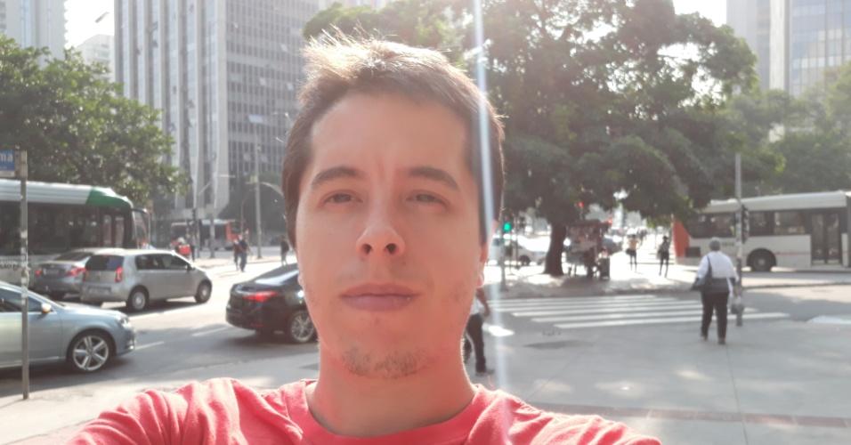 Não é efeito do Instagram Stories: é câmera de selfie do J7 Prime2 sob a luz do sol