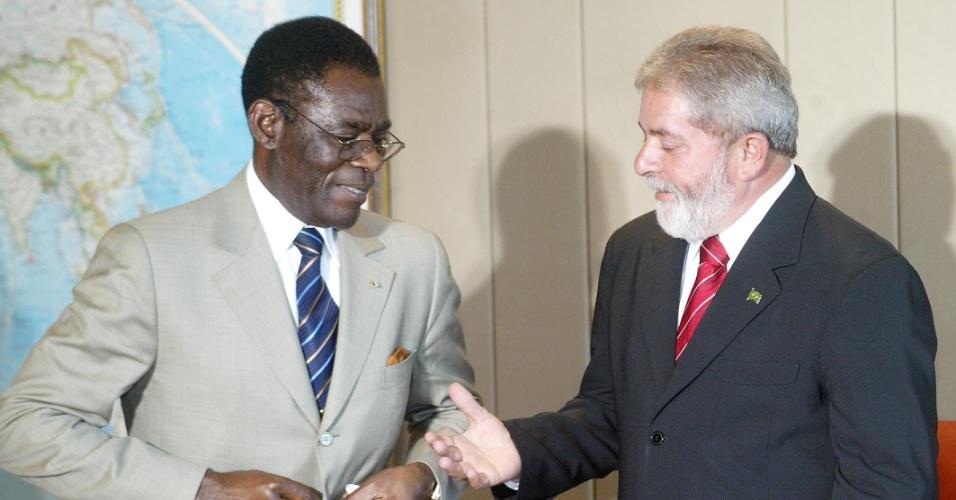 O presidente Luiz Inácio Lula da Silva, recebe o presidente da Guiné Equatorial, Teodoro Obiang Nguema, no Palácio do Planalto, em Brasília (DF)
