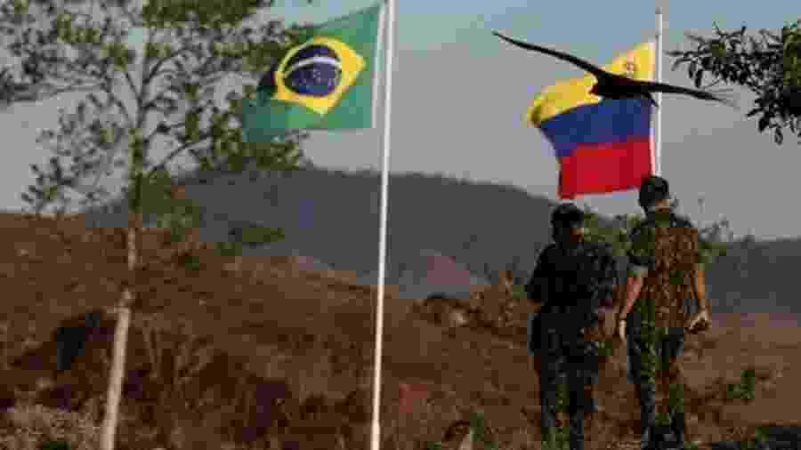 Enquanto EUA insistem em dizer que uma ação militar na Venezuela não está descartada, o governo brasileiro repete que não cogita usar a força contra o governo de Nicolás Maduro. O que explica posição de cautela do Brasil? - Bruno Kelly/Reuters