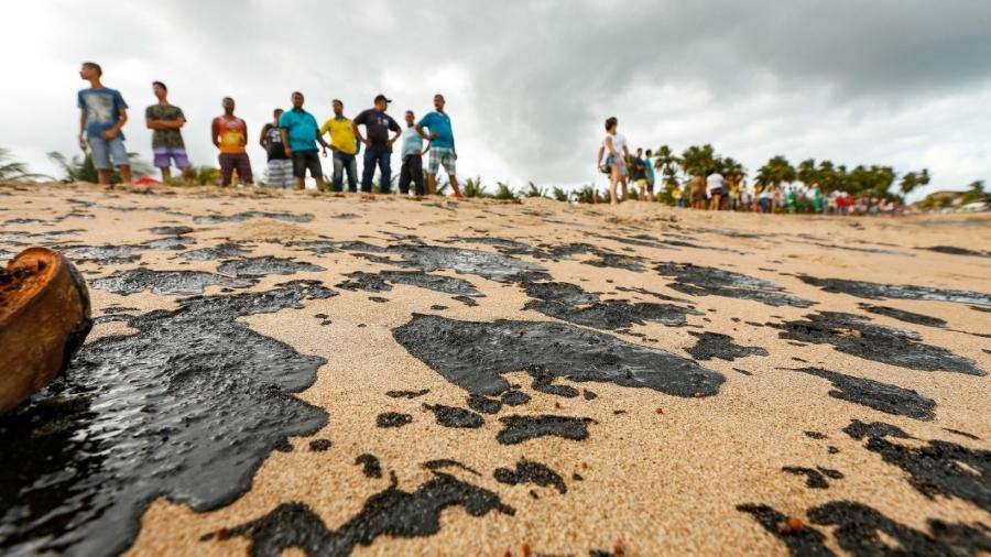 Vazamento de petróleo em Alagoas - Por Marta Nogueira
