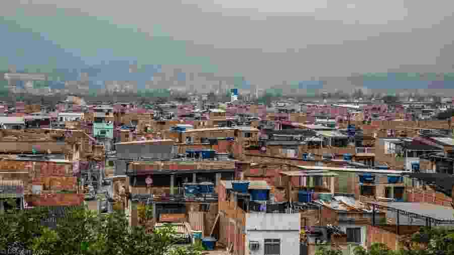15.mai.2020 - ONG Redes da Maré indica subnotificação de mortes por covid-19 no conjunto de favelas da zona norte do Rio com base em levantamento feito com os profissionais de saúde da região - Douglas Lopes/Redes da Maré