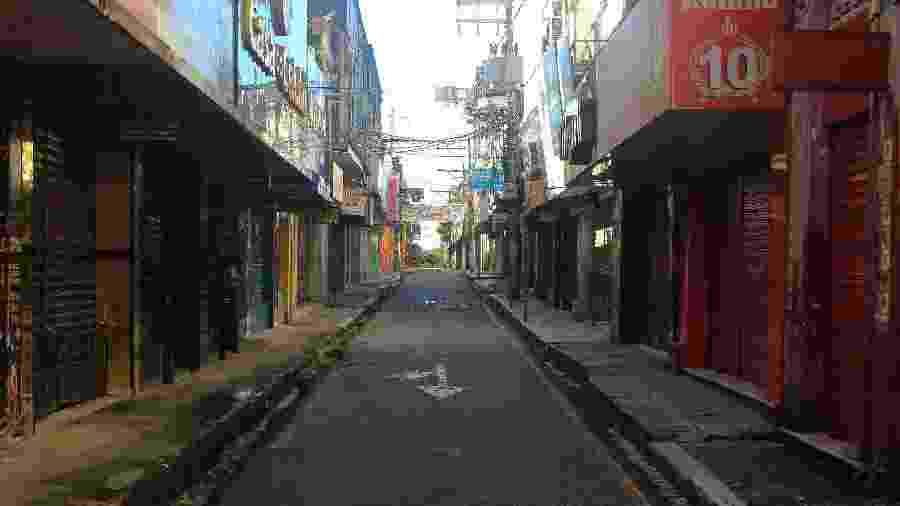 12.mai.2020 - Lojas fechadas na região de comércio de Belém, no Pará, durante pandemia do novo coronavírus - Tarso Sarraf / Estadão Conteúdo