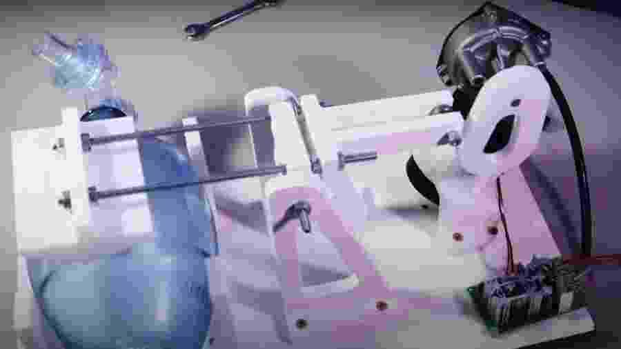 Respirador caseiro apresentado pelo youtuber Rocketz Labz - Reprodução/