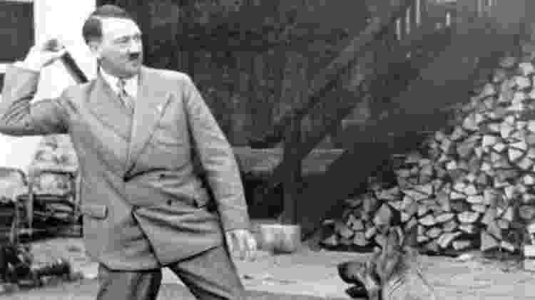 Imprensa internacional demorou a deixar de lado a imagem de um Hitler 'sensível' - Getty Images - Getty Images