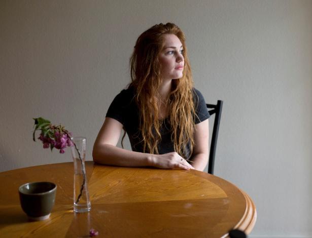 Brooke diz ter sido punida pelo Código de Honra após informar a Brigham Young University ter sido estuprada por um colega, em Provo, Utah (EUA)