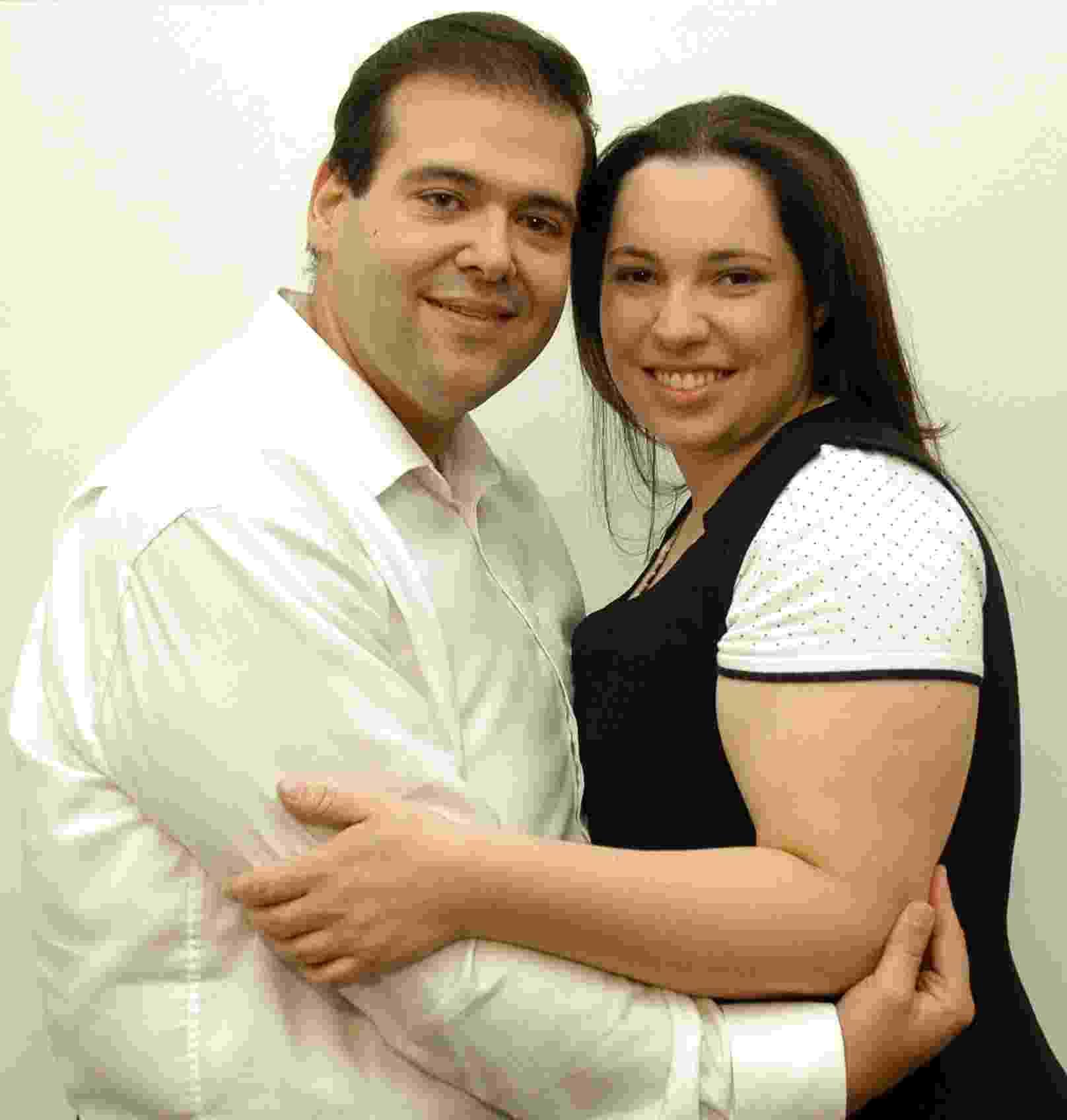O casal evangélico João e Lidia Ribeiro é dono de sex shop e fatura com o mercado erótico - Divulgação