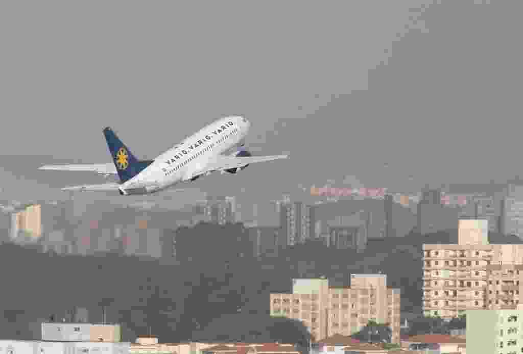 Aeronave da Varig levanta voo do aeroporto de Congonhas, em 2006 - Moacyr Lopes Junior - 27.04.2006/Folhapress