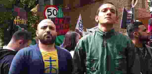 """Washington Castilho (à esq.) e Felipe Braga disseram ser contra um discurso """"bancado por uma elite cultural"""" - Janaina Garcia/UOL"""