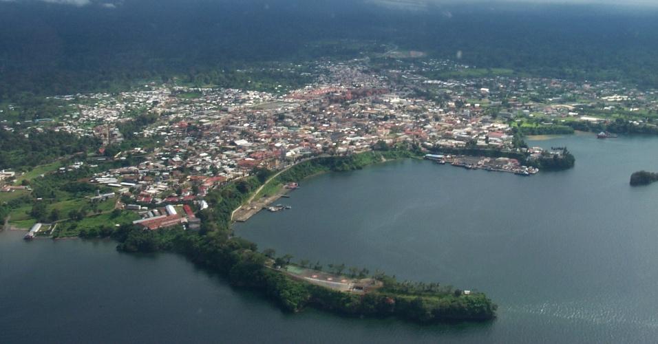 Porto de Malabo, na Guiné Equatorial