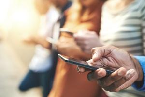 Polícia dos EUA terá que pedir ordem judicial para rastrear celular (Foto: Getty Images)