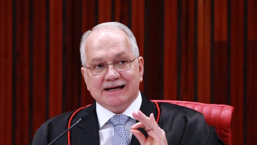 31.ago.2018 - O ministro Edson Fachin durante sessão extraordinária no Tribunal Superior Eleitoral (TSE), em Brasília - Fátima Meira/Estadão Conteúdo