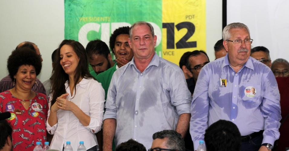 2.out.2018 - Candidato à presidência da República pelo PDT, Ciro Gomes durante encontro com sindicalistas no Auditório do Sindicato dos Rodoviários em Santos (SP), nesta terça-feira (2)