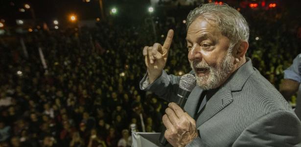 Lula entra no STF com pedido de liberdade após Moro aceitar ministério
