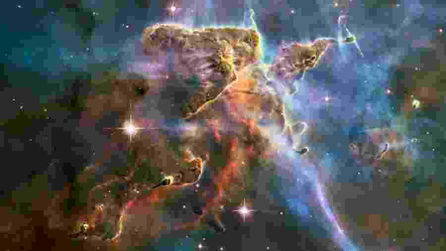 A aceleração da expansão do universo não pode ser explicada, no contexto da relatividade geral de Einstein, sem a existência de uma forma desconhecida de energia - Nasa