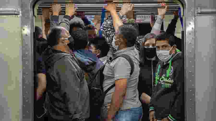 Com a pane, o Metrô liberou as transferências gratuitas nas estações Tatuapé e Corinthians-Itaquera - BRUNO ROCHA/ESTADÃO CONTEÚDO