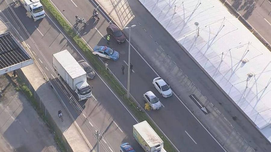 Ciclista morreu no local - Reprodução/ TV Globo