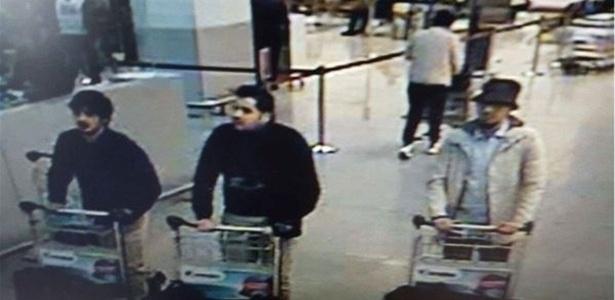 Bombas detonadas em aeroporto belga deviam estar nas malas, dizem autoridades - Reprodução/Twitter/@BFMTV