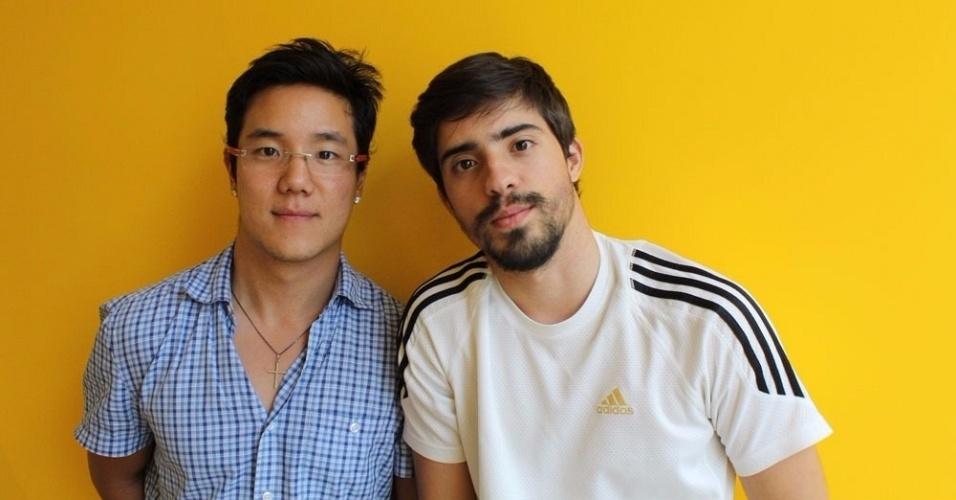 Os empresários Peter Chun, 29, à esq., e Clayton Oliveira, 23, criaram a Marmotex em 2014; a empresa fornece marmita para escritórios, mas só realiza entrega para grupos cadastrados no site