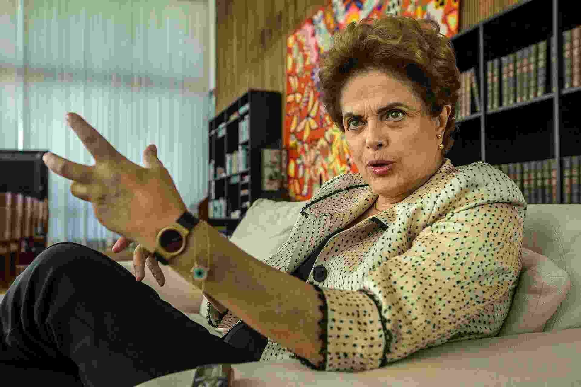 26.mai.2016 - A presidente afastada Dilma Rousseff durante entrevista ao jornal Folha de S.Paulo, no Palácio do Alvorada - Marlene Bergamo/Folhapress