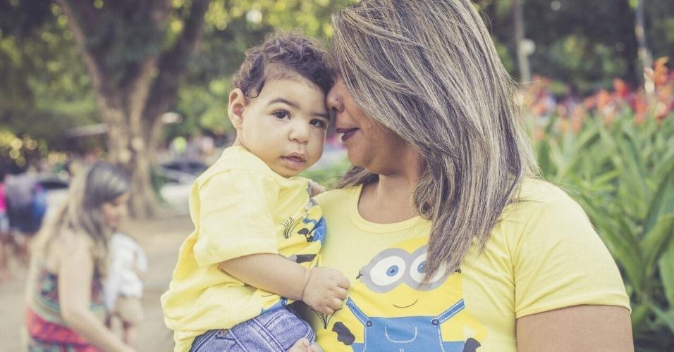 Há um ano, Elaine Michelle Marques dos Santos, 29, dava à luz João Gabriel Marques da Silva. Foi nesse mesmo dia que ela descobriu que ele tinha microcefalia