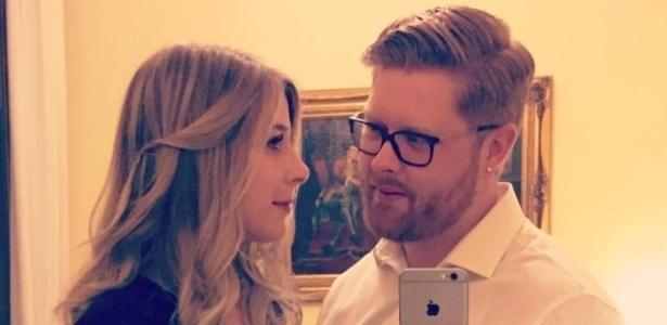 A canadense Christine Archibald com seu noivo, Tyler Ferguson