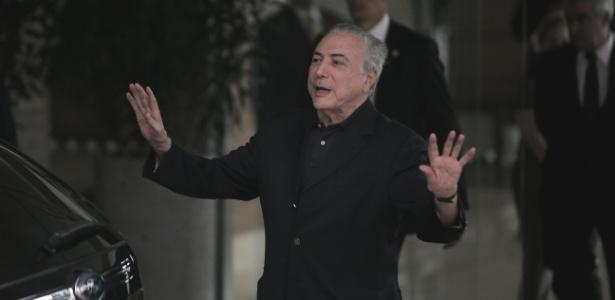 30.out.2017 - O presidente Michel Temer deixa o hospital Sirio Libanes em Sao Paulo - Danilo Verpa/Folhapress