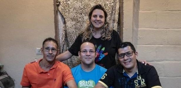 "Neste ano, Joyce Simões ""adotou"" os venezuelanos Hector Antuare (à esq.), Teoscar Ramon Mata e Luis Nelson Baena. - Gui Christ via BBC"