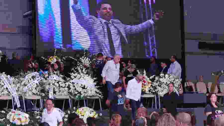 Movimentação durante velório do pastor Anderson do Carmo de Souza, em São Gonçalo (RJ) - Jose Lucena/Futura Press/Estadão Conteúdo