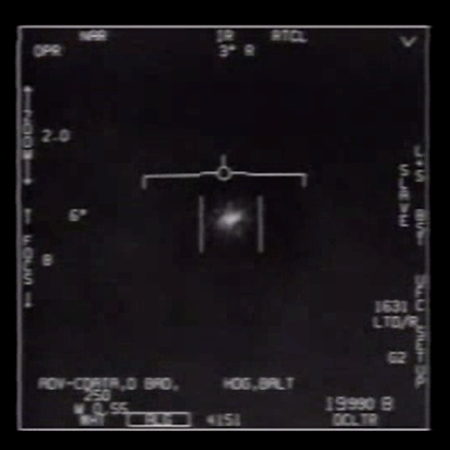 Nos vídeos, é possível ver os objetos voando em alta velocidade - Departamento de Defesa dos Estados Unidos