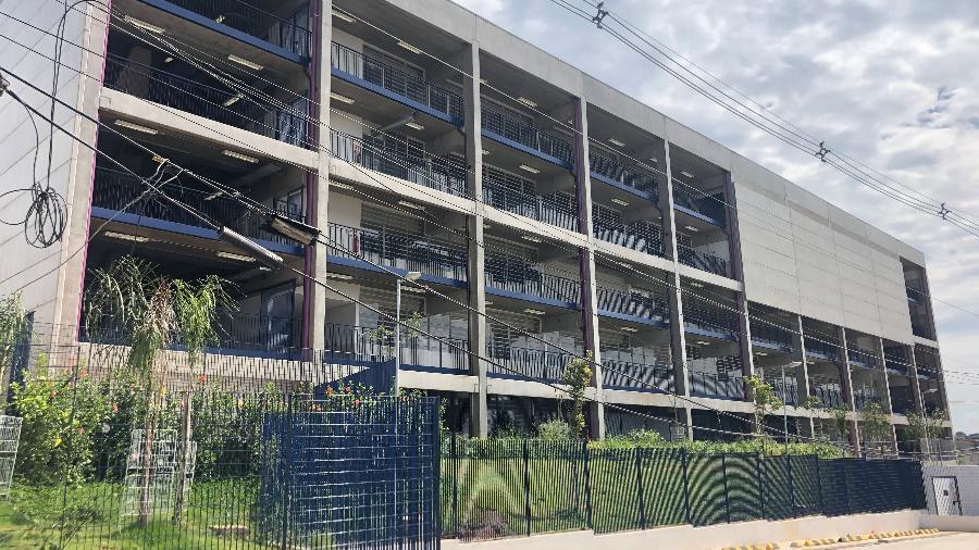 CEU Cidade Tiradentes - Enedina Alves Marques, na zona leste de São Paulo, está pronto, mas ainda não abriu - Lucas Borges Teixeira/UOL