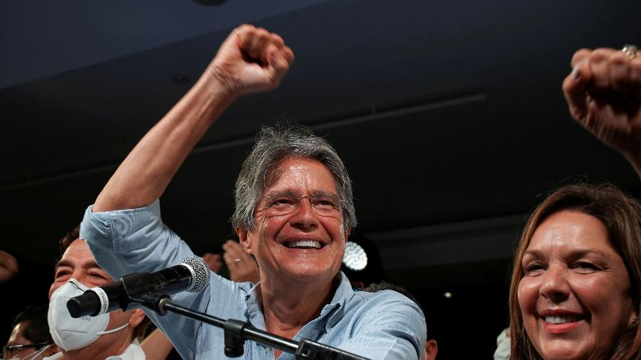 """Conversei com Bolsonaro para reafirmar nosso compromisso"", disse Lasso - Maria Fernanda Landin/Reuters"