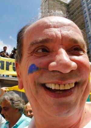 O senador do PSDB-SP, Aloysio Nunes Ferreira, em ato pró-impeachment em dezembro de 2015, propõe o parlamentarismo