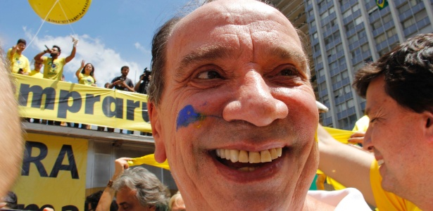O senador Aloysio Nunes Ferreira (PSDB-SP) durante protesto pró-impeachment em dezembro