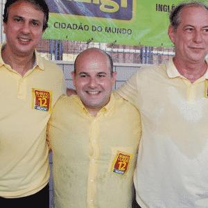 30.out.2016 - O prefeito Roberto Claudio (PDT) em carreata por Fortaleza; ele tenta reeleição - Jarbas Oliveira