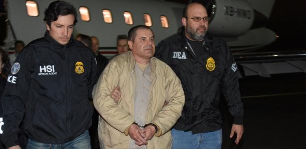 "O mexicano Joaquín ""El Chapo"" Guzmán desembarca em Nova York (EUA) após ser extraditado do México"