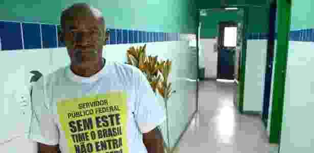 Osman Salvador, entrou no Bolsa Família em 2016, após deixar a seca na zona rural para tentar a vida em Maceió - Beto Macário/UOL