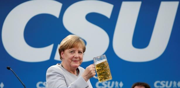 A chanceler alemã, Angela Merkel, em encontro de seu partido (CSU), em Munique