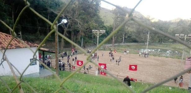 25.jul.2017 - MST ocupa a fazenda Santa Rosa, atribuída a Ricardo Teixeira