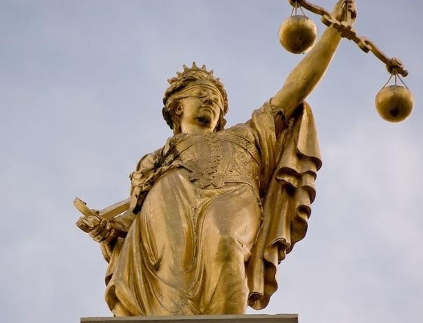 A estátua da Justiça tem origem na deusa grega Têmis