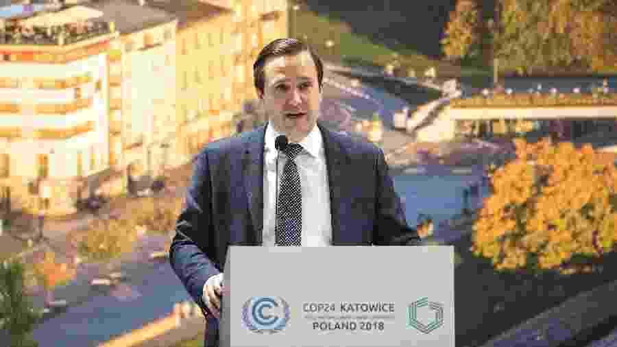 Wells Griffith, consultor internacional de energia e clima de Donald Trump, fala durante um painel de discussão sobre combustíveis fósseis na Convenção das Nações Unidas sobre Mudanças Climáticas, em Katowice, Polônia - Karolina Jonderko/The New York Times
