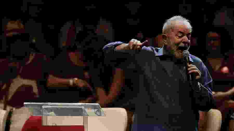Lula participa de ato no Rio de Janeiro e discurso no Circo Voador (18.dez.2019)  - REUTERS/Ian Cheibub