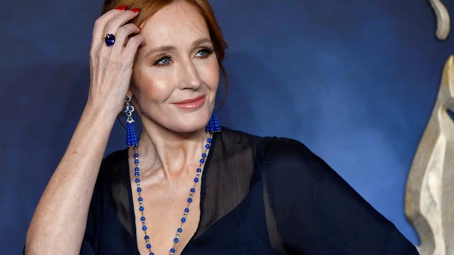 A escritora J.K. Rowling, em Londres; ex-marido confirmou que a agrediu durante o casamento - Reprodução