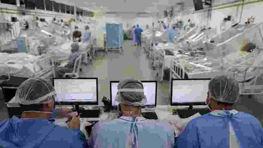 20/05/2020 - Ala voltada para pacientes com coronavírus em Unidade de Terapia Intensiva (UTI) em hospital de Manaus (AM) - Michael Dantas/AFP