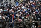 Imigração: imagens mostram violenta repressão na Guatemala a migrantes que caminham para os EUA - Reuters