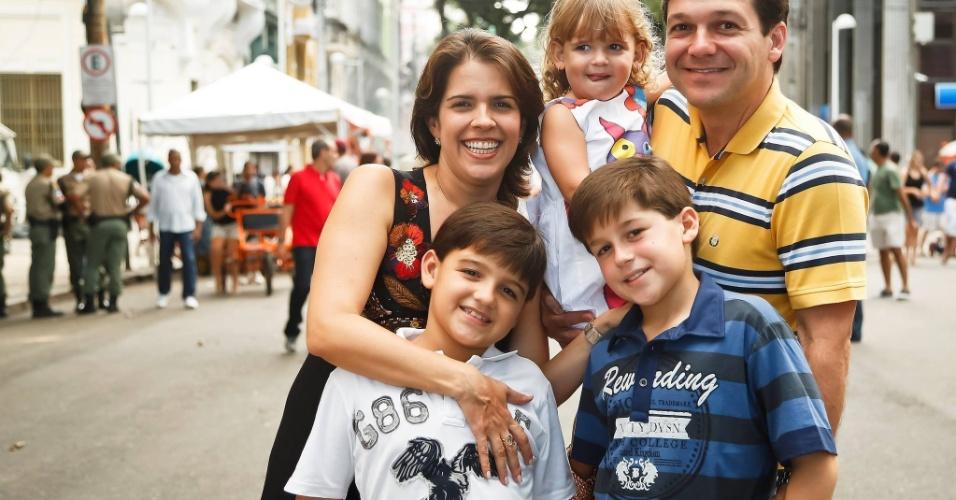 Geraldo Julio, prefeito reeleito do Recife, nasceu em 17 de março de 1971, tem 45 anos, é casado e pai de três filhos. É formado em Administração pela Universidade de Pernambuco, com especialização em Gestão Pública